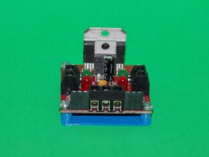 Solarbotics L298 Compact Motor Driver view1